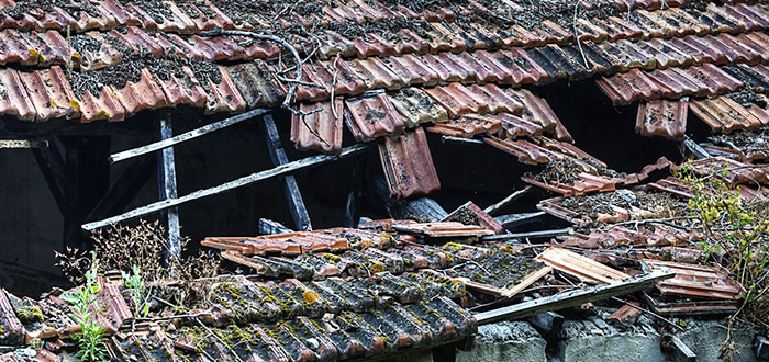 Signs That It Is Time To Replace Your Commercial Roof